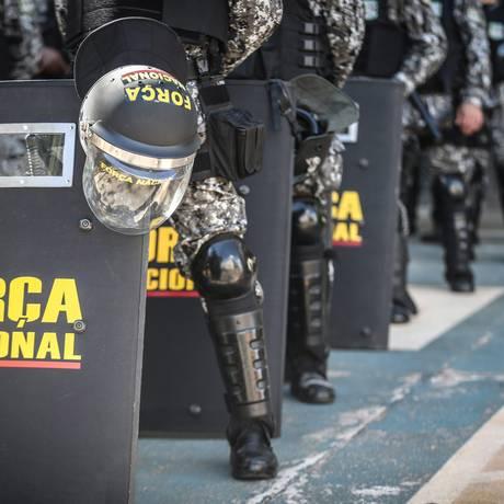 Soldados da Força Nacional em 28 de abril, em Brasíia Foto: André Coelho / Agência O Globo