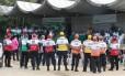 Agentes do Aterro Presente foram homenageados por moradores