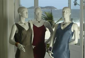 Manequins de lojas no Rio de Janeiro Foto: Ana Branco/28.10.2004