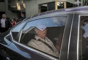 O ex-ministro José Dirceu deixa a prisão em Curitiba Foto: Eduardo Knapp/Folhapress