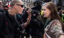 Lucie, de 16 anos, discutiu com neonazista Foto: Reprodução- Vladimir Cicmanec