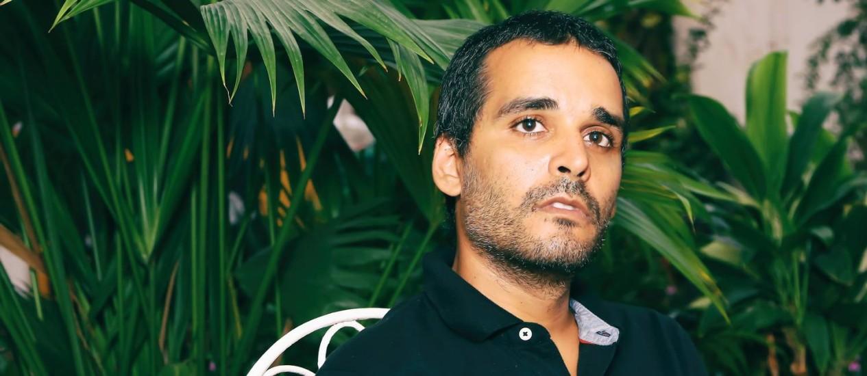 O rapper e escritor angolano Luaty Beirão Foto: MONICA ALMEIDA / Divulgação