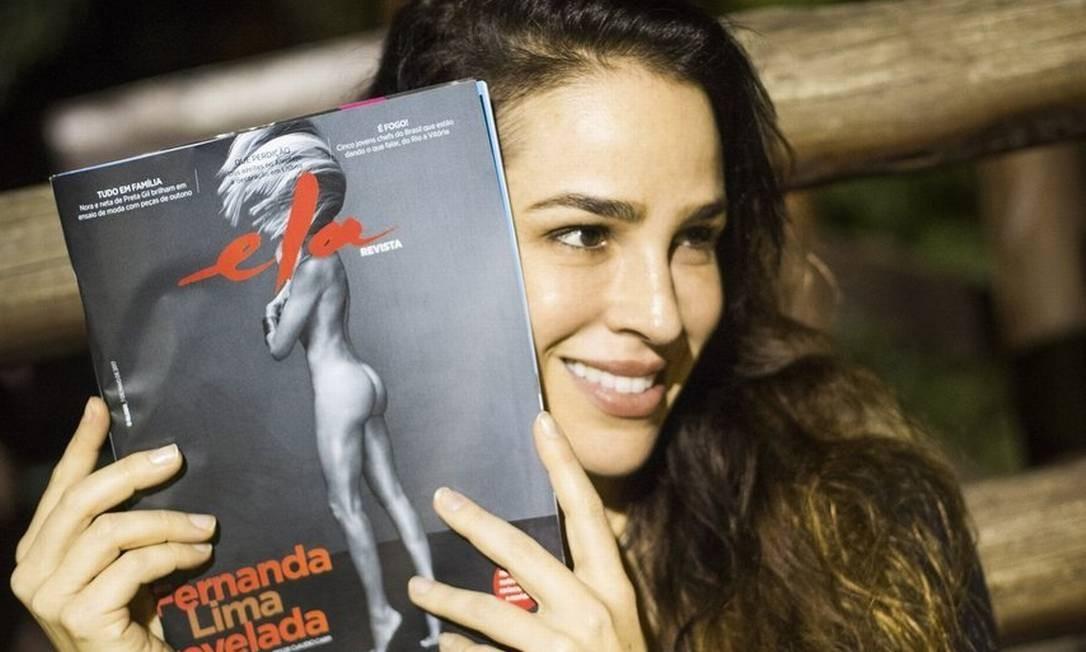 32421537bf A atriz Larissa Bracher recomenda a leitura da Ela Revista para os homens
