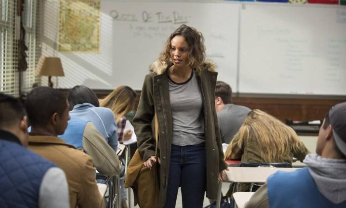 Alisha Boe (Jessica) em cena de '13 reasons why' Foto: Divulgação