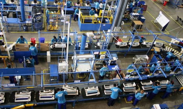 Linha de produção na Zona Franca de Manaus. Amazonas foi destaque positivo da indústria em março, após recuo em fevereiro. Foto: Divulgação