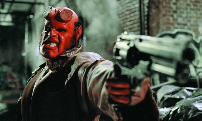 Ron Perlman como Hellboy na adaptação para o cinema de 2004 Foto: Divulgação