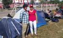 Anderson e Eliane viajaram 21 horas até Curitiba em apoio a Lula Foto: Sérgio Roxo