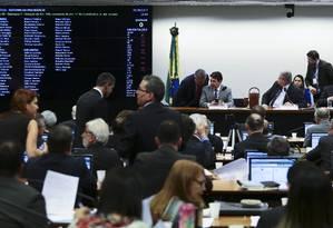 Deputados debatem destaques da reforma da Previdência. Foto Jorge William/Agência O Globo