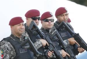 Homens da Força Nacional já estão no Rio para reforçar a segurança Foto: Antonio Scorza / O Globo