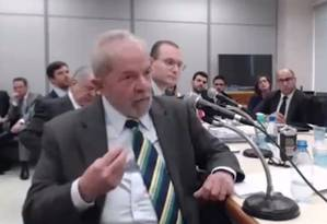 Lula atribuiu à mulher, Dona Marisa, negociação do tríplex do Guarujá Foto: Reprodução