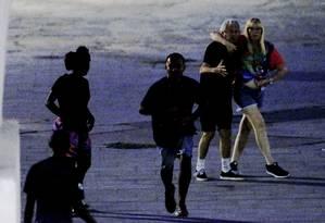 Casal de Gringos são assaltados duas vezes em sequência nos Arcos da Lapa Foto: Domingos Peixoto / Agência O Globo