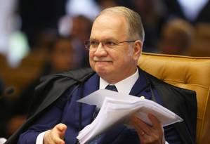 O ministro Edson Fachin, relator da Operação Lava-Jato, decidiu juntar as investigações que tratam de compra de apoio Foto: Ailton de Freitas / O Globo