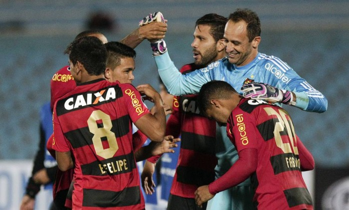 O veterano goleiro Magrão é um dos pilares do Sport Foto: Matilde Campodonico / AP