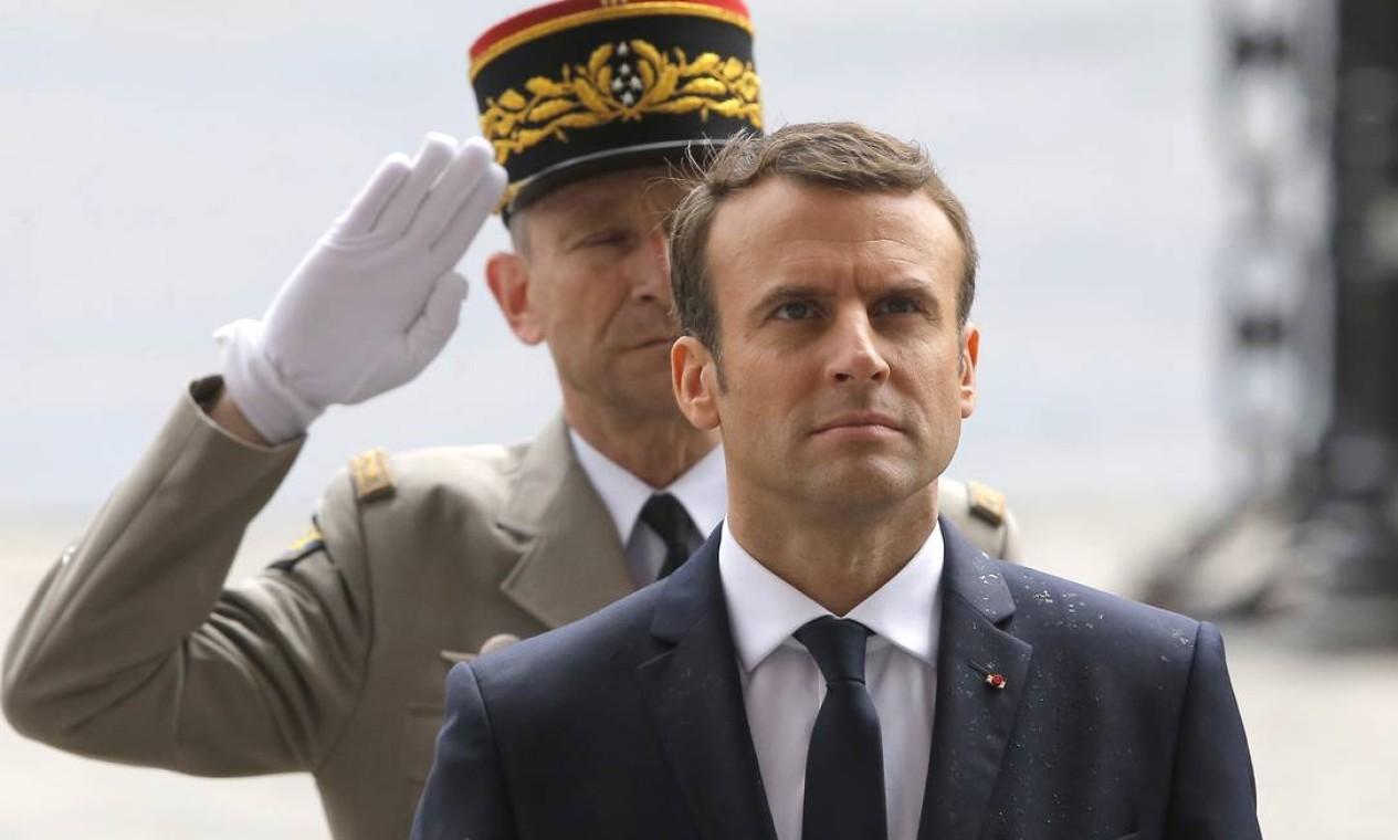 Macron, durante sua posse: presidente de 39 anos terá desafios como combate ao terrorismo e ao desemprego Foto: Michel Euler / AP