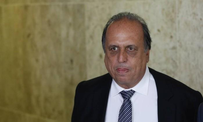 Resultado de imagem para Apartamento do governador Pezão é assaltado no Leblon, Rio
