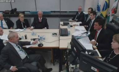 O ex-presidente Luiz Inácio Lula da Silva depõe ao juiz Sergio Moro Foto: Reprodução