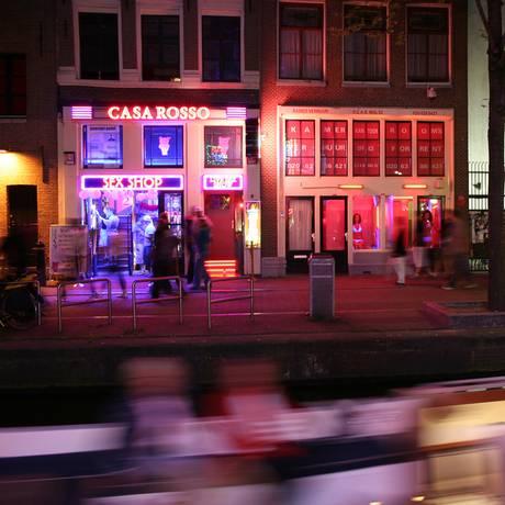 O distrito da Luz Vermelha, em Amsterdã Foto: Cédric Puisney / Flickr/ Creative Commons