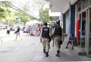 sessenta agentes já chegarão à Jacarepaguá Foto: Fabio Rossi / Agência O Globo