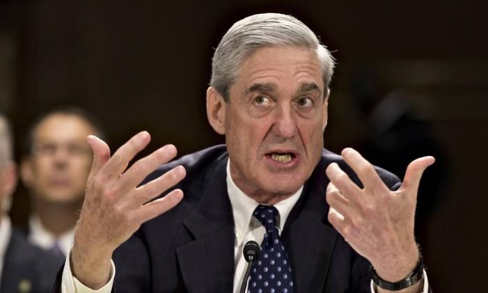 Em 2013, Robert Mueller presta depoimento no Congresso Foto: J. Scott Applewhite / AP