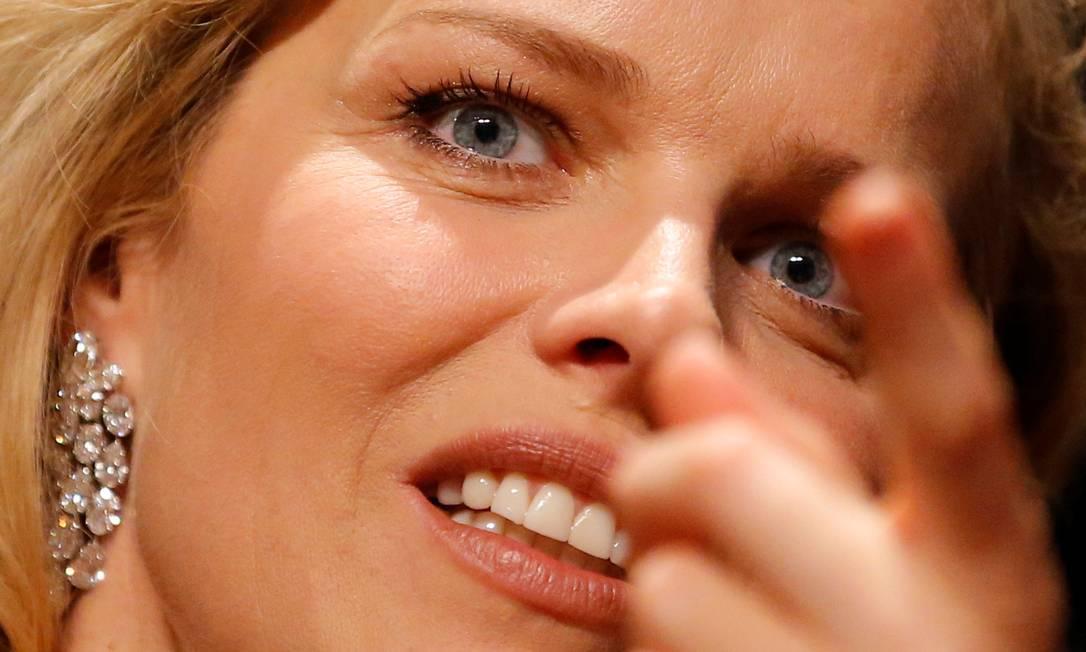 E que tal esses diamantes de 51.60 quilates usados por Eva Herzigova? Quem assina os brincos é a joalheria Chopard STEPHANE MAHE / REUTERS