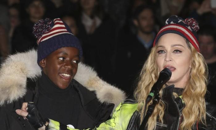 Madonna com problemas em receber encomenda em Portugal