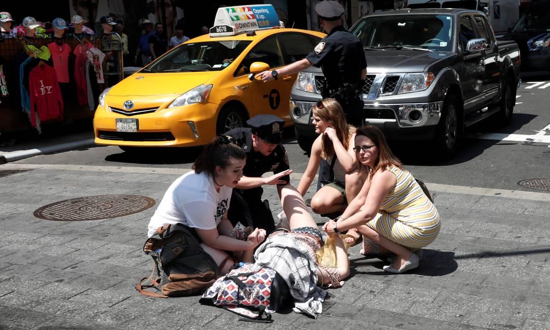 Segundo fontes da polícia, três pessoas estão em estado grave MIKE SEGAR / REUTERS