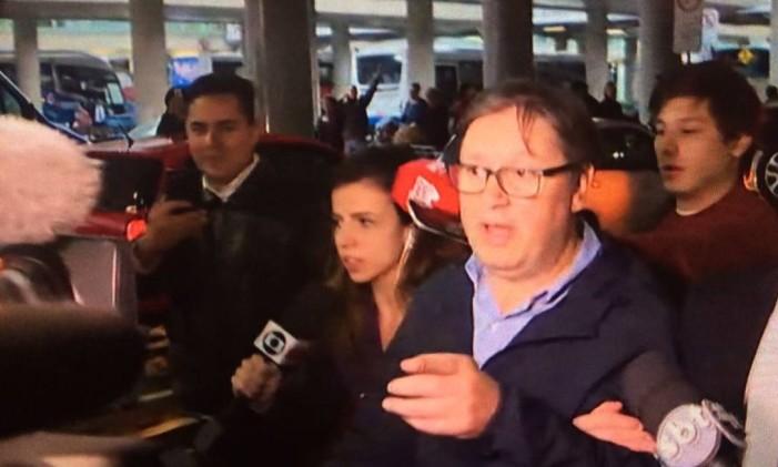 O deputado federal Rodrigo Rocha Loures ao desembarcar em Guarulhos (SP) Foto: Reprodução/GloboNews