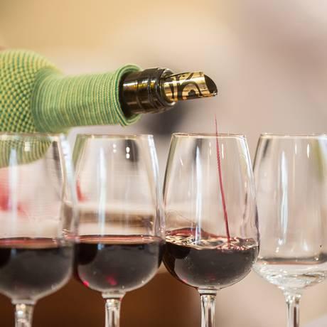Muitos sabores nas diversas quintas, adegas e vinícolas locais Foto: Divulgação
