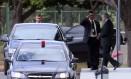 O presidente Michel Temer entra no carro oficial ao deixar o Palácio do Jaburu, em Brasília Foto: NIlton Fukunda / Estadão Conteúdo/19-05-2017