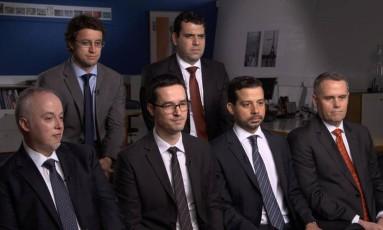 A força-tarefa durante a entrevista para o programa americano Foto: Reprodução CBS