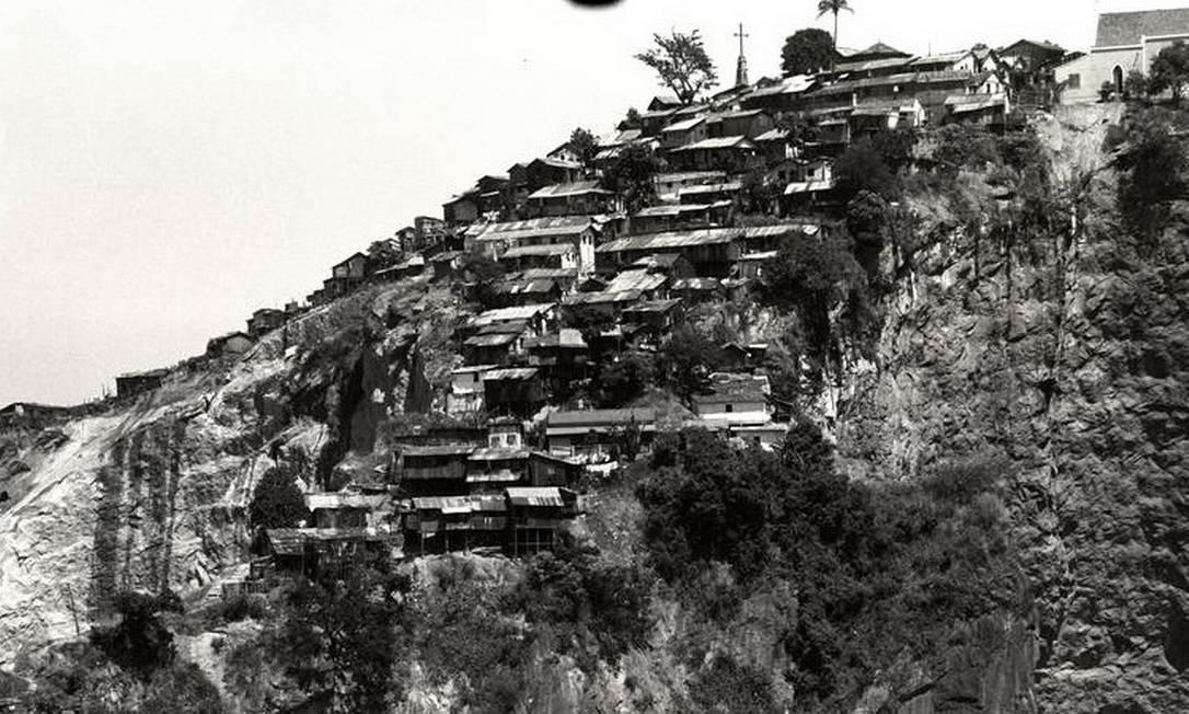 A planta que cobria o Morro da Providência, conhecida como favela, deu nome a esse tipo de moradia Foto: Agência O Globo - 21/05/1966
