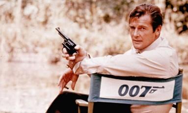 Roger Moore como James Bond Foto: Divulgação