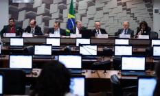 O senador Tasso Jereissati (PSDB-CE) preside audiência sobre reforma trabalhista no Senado Foto: Jorge William / Agência O Globo