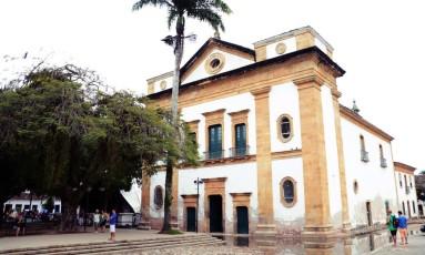 Igreja Matriz de Nossa Senhora dos Remédios, em frente à principal praça de Paraty, vai receber os principais debates Foto: Lucas Tavares/26-09-2015