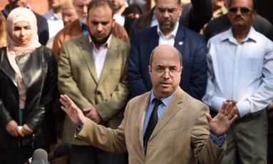 Representantes e membros de mesquita em Manchester condenam atentado terrorista que matou 22 pessoas Foto: OLI SCARFF / AFP