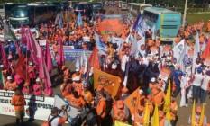 Manifestantes protestam em Brasília contra reformas e o governo Temer Foto: Reprodução / G1