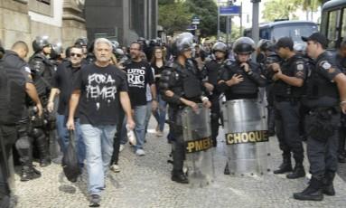 Alerj recebe reforço na segurança para votação do projeto que aumenta a contribuição previdência de servidores Foto: Gabriel Paiva / Agência O Globo