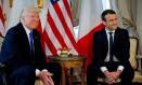 Presidente Donald Trump se encontra com o presidente francês, Emmanuel Macron, à margem de cúpula da Otan em Bruxelas Foto: POOL / REUTERS