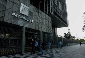 Petrobras lidera a lista de devedores do Rio. Fotos: Pedro Teixeira/ O Globo