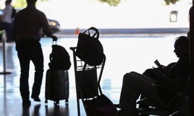 Convenções de Montreal e Varsóvia definem indenização por extravio de bagagem Foto: André Coelho / Agência O Globo