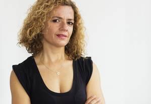 Investigação. A Joana Gorjão Henriques viajou às cinco ex-colônias na África para escrever o livro Foto: Divulgação/Ricardo Maneira
