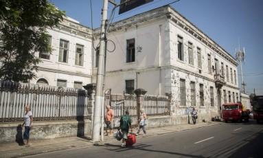 Edifício onde funcionava a Secretaria Estadual de Fazenda na Rua Marechal Deodoro está degradado Foto: Analice Paron / Agência o Globo