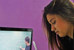 Decreto flexibiliza parâmetros para educação a distância no ensino superior com abertura de novos polos Foto: Guilherme Leporace
