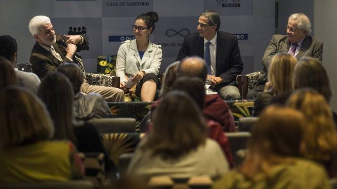 Casa do Saber. Messias, Clarissa Pains, Domênico e Meirelles: debate sobre obesidade Foto: Guito Moreto
