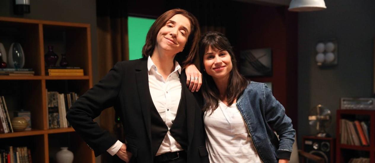Marisa Orth interpreta Soraia, e contracena com Chandelly Braz, que vive seu par amoroso, Katia Foto: Divulgação/TV Globo