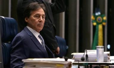 Eunício Oliveira, presidente do Senado durante sessão plenária. Foto de Jorge William /Agência O Globo