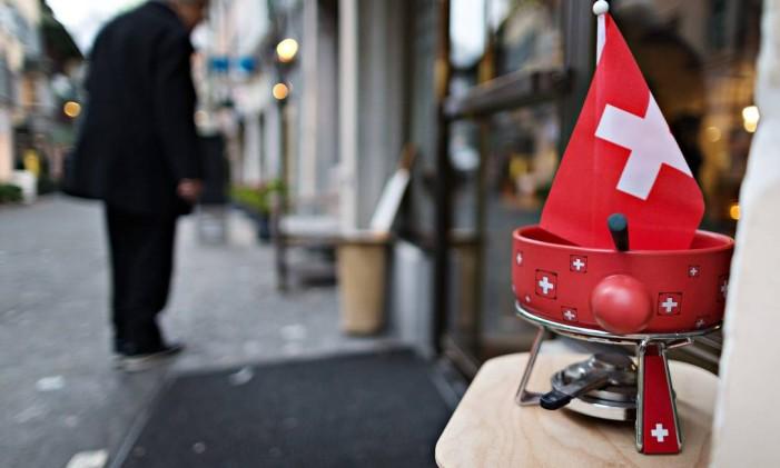 Comércio em rua de Zurique, na Suíça Foto: Michele Limina / Bloomberg
