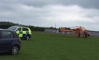 Polícia e ambulância aérea chega para atender um chamado no zoológico Hamerton Zoo Park Foto: Reprodução Twitter