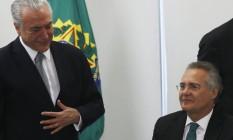 O presidente Michel Temer e o senador Renan Calheiros Foto: Givaldo Barbosa / Agência O Globo 09/05/2017