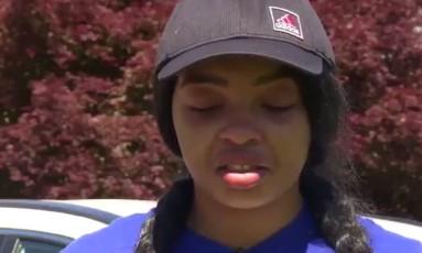 A jovem Destinee Mangum gravou vídeo em homenagem aos homens que a defenderam de ataque xenófabo Foto: Reprodução